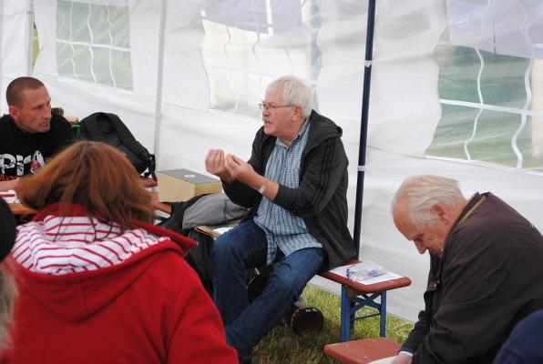 Im Zelt und Bild des Programms - Fotos: © 2015 by Schattenblick