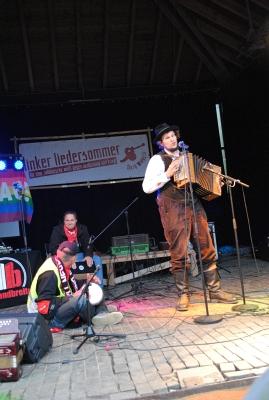 Auf der Bühne - Fotos: © 2015 by Schattenblick