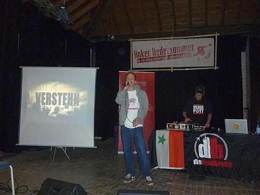 Wojna und DJ Torben mit Dia 'Verstehn' - Foto: © 2013 by Schattenblick